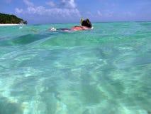 snorkelling kvinna fotografering för bildbyråer