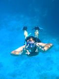 Snorkelling no mar Imagem de Stock
