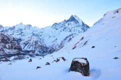 Snow capped berg arkivfoto