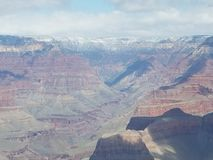 Snow capped berg royaltyfria bilder