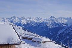 Snow-capped mountain peaks Royalty Free Stock Photos