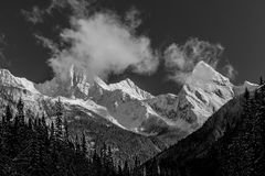 Snow Capped Peaks. First snow fall on the Canadian Rockies in British Columbia Canada Royalty Free Stock Photos