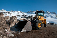 Snow cleaner with bulldozer Royalty Free Stock Photos