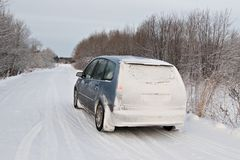 Snow-covered Auto Royalty-vrije Stock Foto's