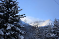 Snow-covered bergen Royalty-vrije Stock Afbeelding