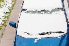 Snow Covered Car Royalty Free Stock Photos