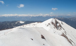 Snow-Covered Gebirgsspitze Stockfotos