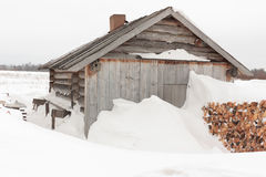 Snow-covered Haus. Stockfoto
