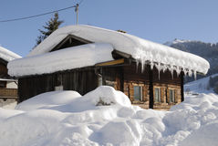 Snow covered house Royalty Free Stock Images