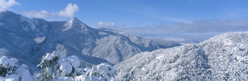 Snow-covered mountains in Sequoia National Park Stock Photo