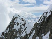Snow-covered rotsen Royalty-vrije Stock Afbeeldingen