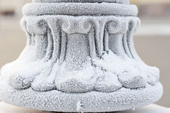 Snow-covered schermend ijzer - abstracte achtergrond Royalty-vrije Stock Afbeelding