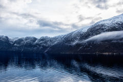Snow dusted mountain rang Royalty Free Stock Photo