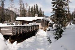 snow för dolomitesitaly berg Arkivfoton