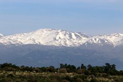 Free Snow Lies On Mount Hermon, A Mountain Range Located On The Border Of Syria, Lebanon And Israel Stock Photo - 174773430