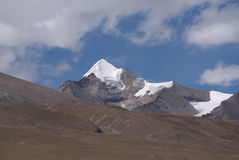 Snow mountain. A shot of a snow mountain in Tibet, China Royalty Free Stock Photos