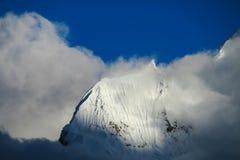 Snow mountain at bad weather Royalty Free Stock Photos