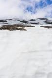 Snow on mountain with blue sky Royalty Free Stock Photos
