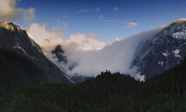 Snow Mountain in cloud Royalty Free Stock Photography