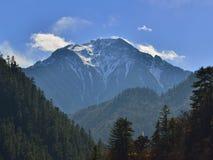 The snow mountain im Jiuzhaigou. The name jiuzhaigou refers to the 9 tibetan villages that are situated in the valley Stock Photography