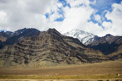 Snow mountain range on the way to Hemis monastery from Leh Stock Photo
