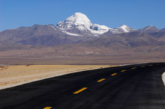 Snow Mountains and highway Royalty Free Stock Photography
