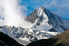 Snow peak near Drass on the way to ZojiLa Pass, Kargil-Ladakh, Jammu and Kashmir, India Stock Photos