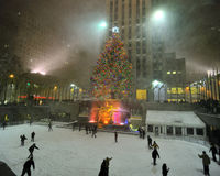 Snow storm in rockefeller center, new york city Royalty Free Stock Images