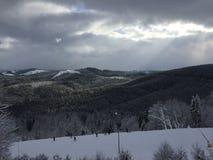 Snow-täckte berg Royaltyfri Fotografi