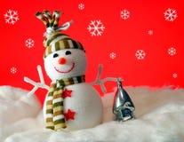 Snowball com presentes Fotografia de Stock Royalty Free
