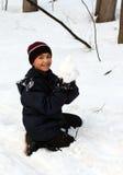snowball szczęśliwy chłopiec zdjęcie royalty free