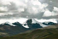 Snowberg Tibet Arkivbilder