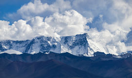 Snowberg Tibet Royaltyfria Foton