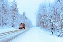 Snowblower på vägen Fotografering för Bildbyråer