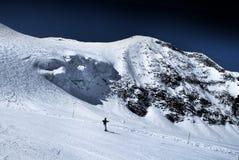 Snowboard in alpi Fotografia Stock Libera da Diritti