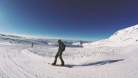 Snowboard en un día soleado Pasatiempo POV almacen de video