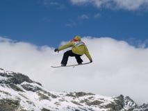 Snowboard grande del aire de la taza de mundo Foto de archivo