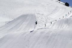 Snowboard jumping Royalty Free Stock Photography