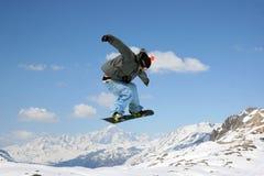 Snowboarder di salto Immagine Stock Libera da Diritti