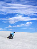 Snowboarder en cuesta del esquí Fotografía de archivo libre de regalías