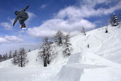 Snowboarder Extreme jumping Royalty Free Stock Photos