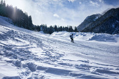 Snowboarder i Bansko Arkivfoto