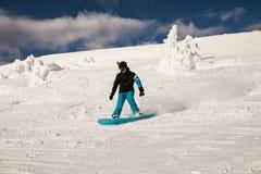 Snowboarder på lutningarna Royaltyfri Fotografi