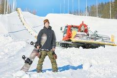 Snowboarder que levanta na pista fotos de stock royalty free