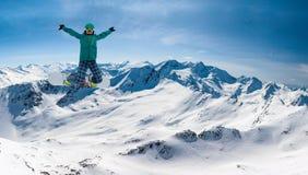 Snowboarder, Solden, Áustria, esporte de inverno extremo imagem de stock
