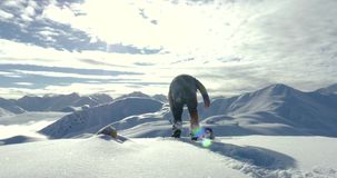 Snowboarder som får klar 4k arkivfilmer