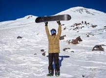 Snowboarder w górach Elbrus Zdjęcia Royalty Free