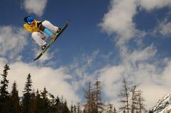 Snowboarders en raza Fotografía de archivo libre de regalías