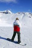 Snowboarding de montagnes Images stock