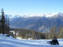 Snowboarding em Sauze D'oulx foto de stock royalty free